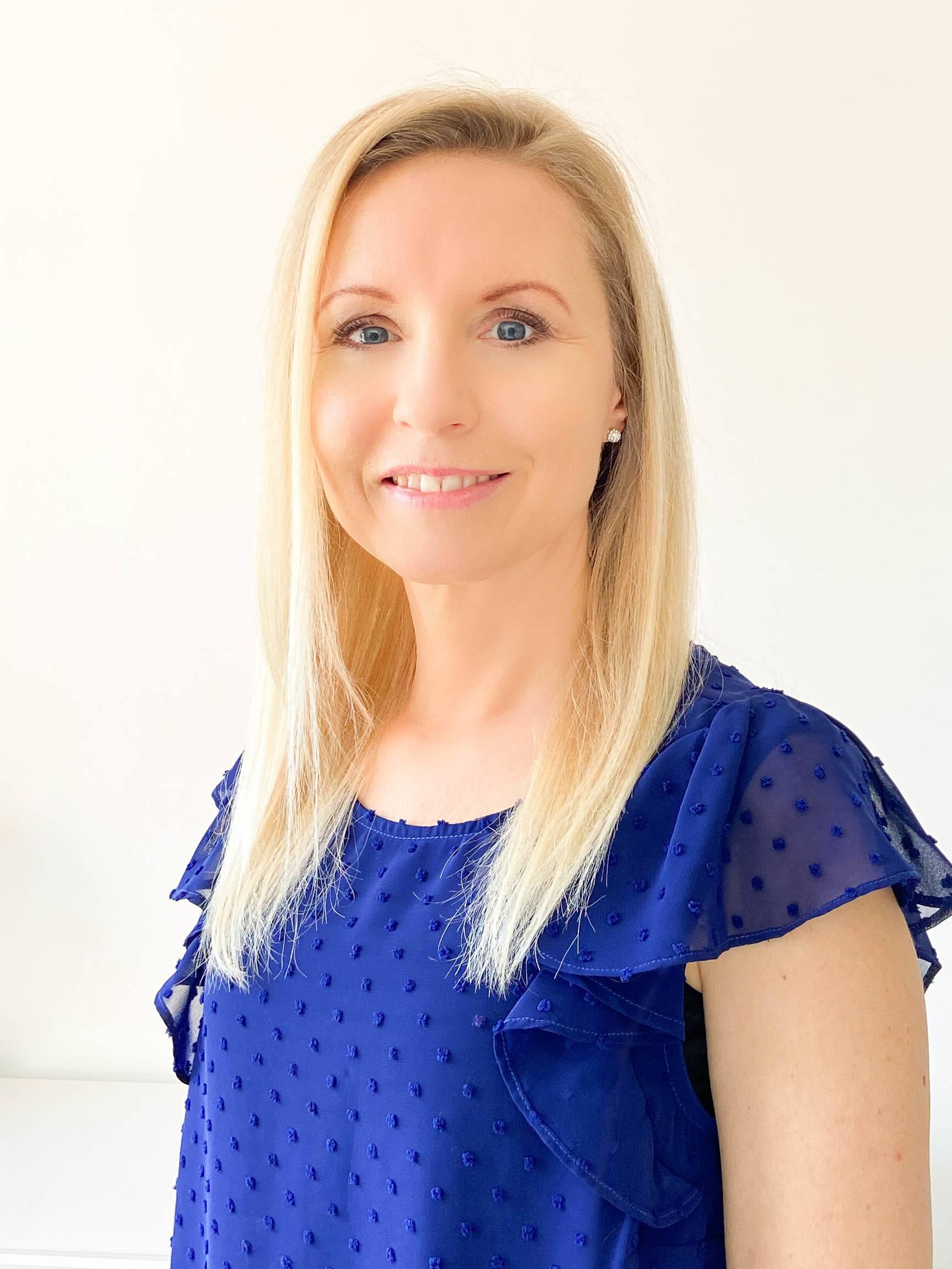 Caroline Webb - The Thyroid Nutritionist